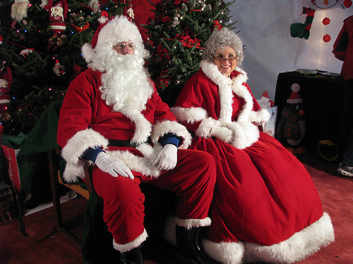 Mrs. Claus : She lives at the North Pole and takes care of Santa Claus ...